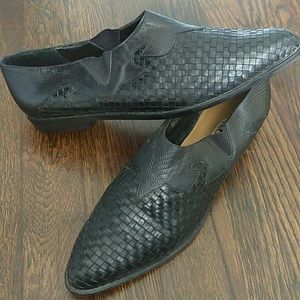Nicole black leather woven pointed toe flats